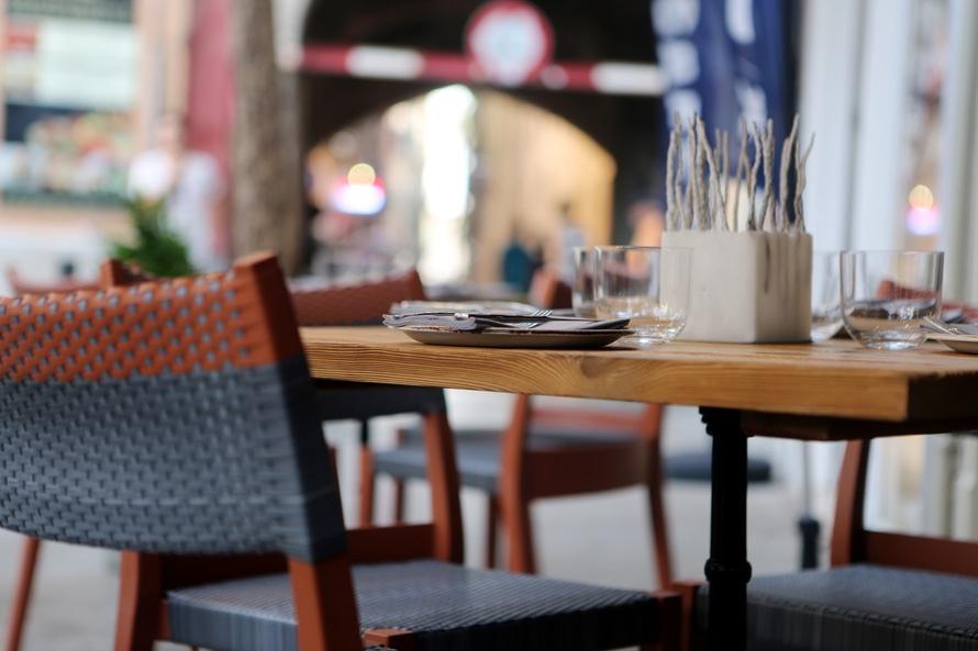 city-restaurant-table-pavement-large