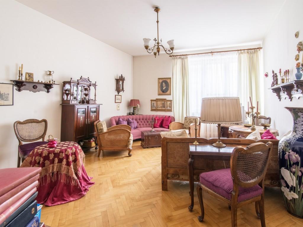 Piękne mieszkanie w modernistycznej kamienicy w Gdyni idealnie nada się dla przyszłego inwestora. Zapoznaj się z ofertą tutaj.