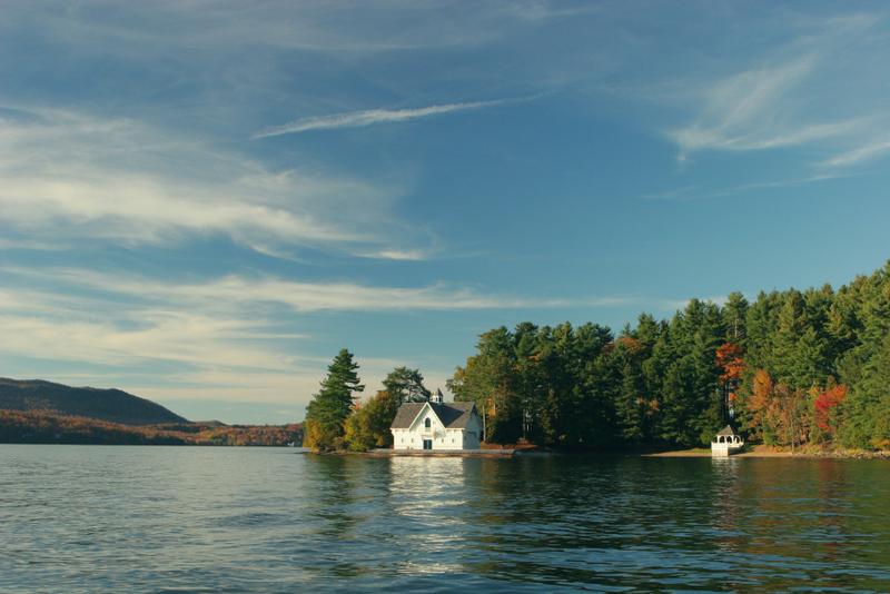 forest-house-lake-idyllic