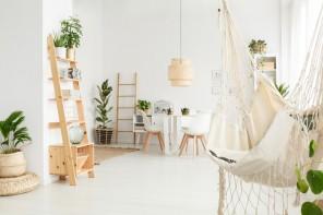 Jak udekorować mieszkanie na lato?